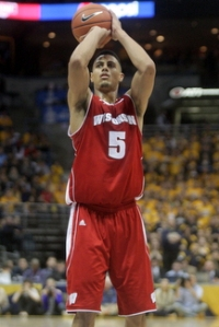 UW- Madison Junior Ryan Evans at the line