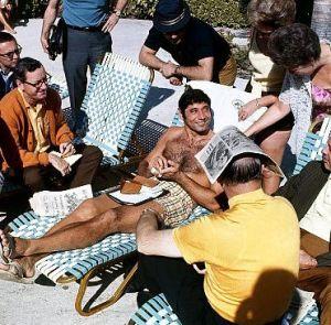 Namath poolside Miami 1-10-69