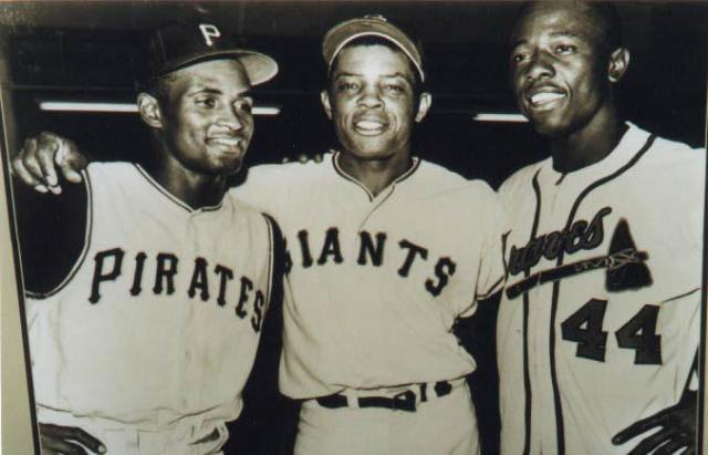 Hall of Fame Outfielders back in the day Clemente, Mays, and Aaron