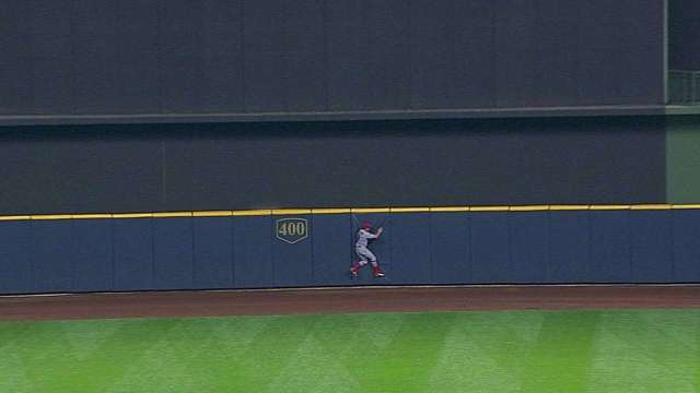 Peter Bourjos robs Schafer bottom of the 8th